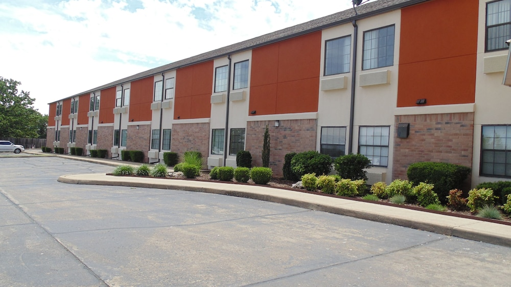 Front of Property, Super 8 by Wyndham Sapulpa/Tulsa Area