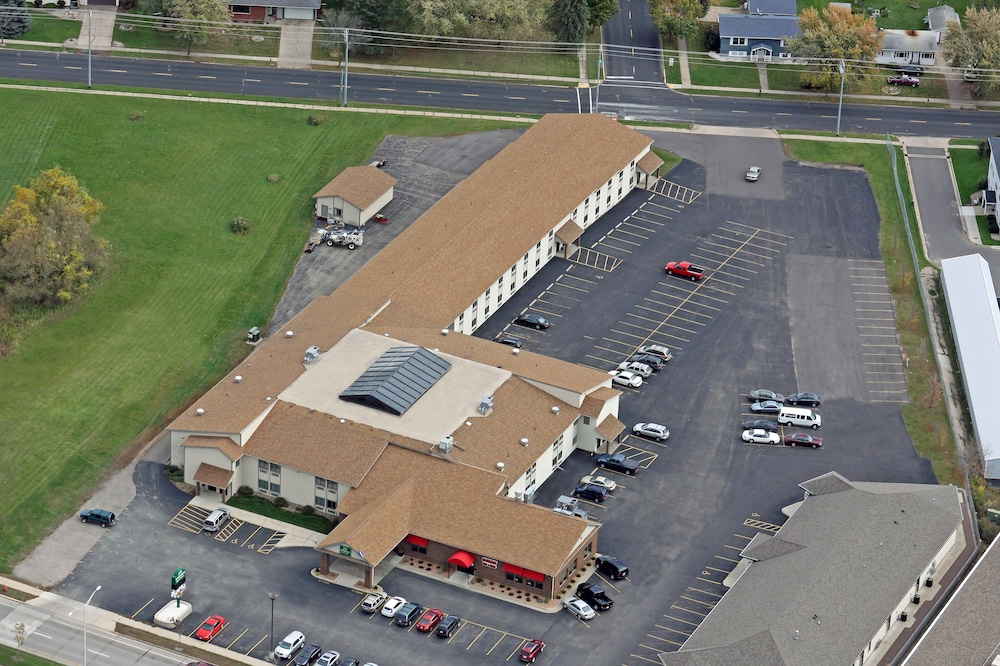 Aerial View, Woodfield Inn and Suites