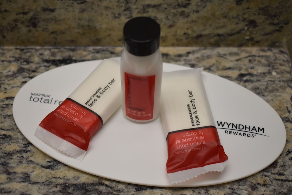Bathroom Amenities, Super 8 by Wyndham Newport News/Jefferson Ave.