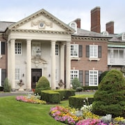 Glen Cove Mansion Hotel