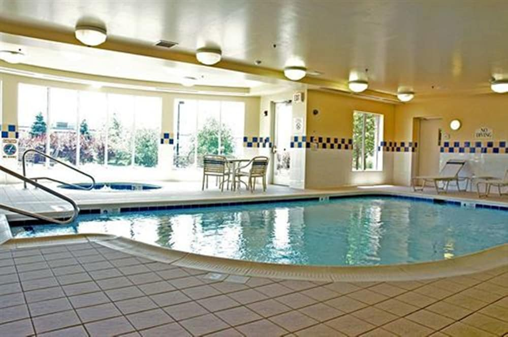 Indoor Pool, Hilton Garden Inn Syracuse