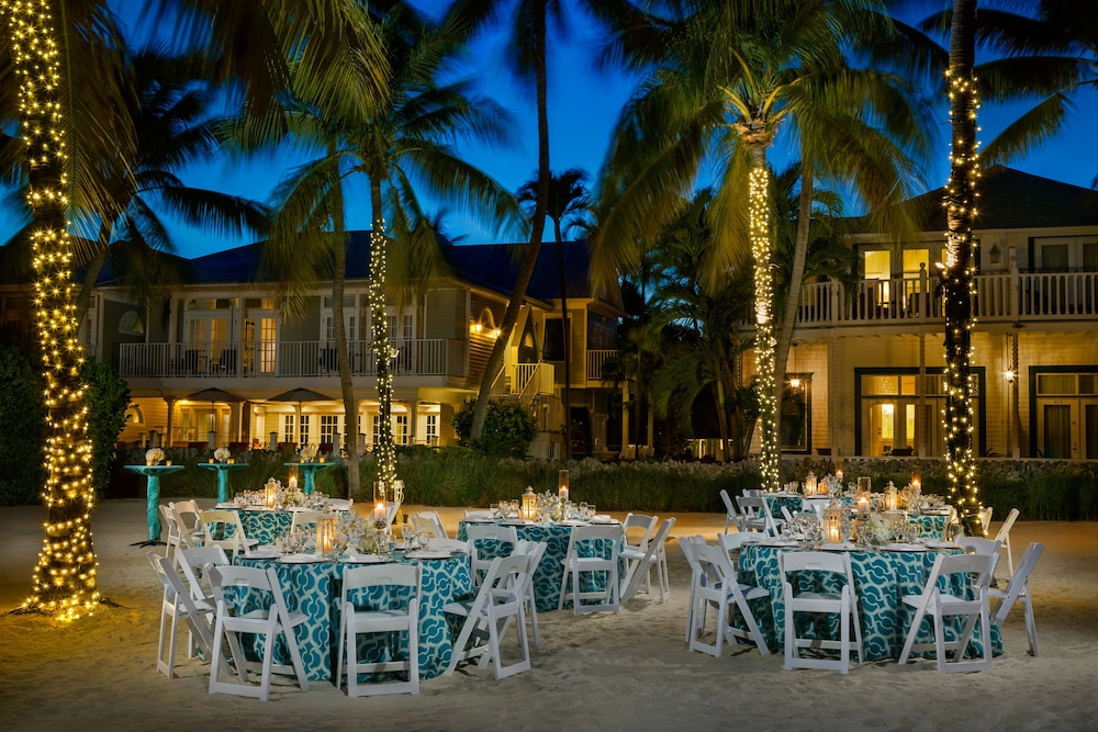 Outdoor Dining, Southernmost Beach Resort