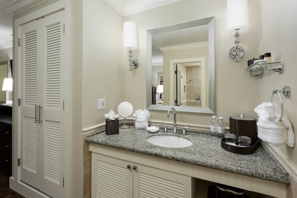 Bathroom, Southernmost Beach Resort