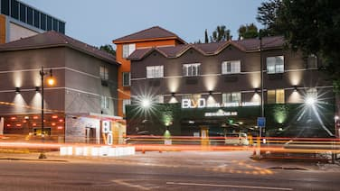 BLVD Hotel & Suites-Walking Distance to Hollywood Walk of Fame