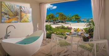 Beachfront Honeymoon Walkout One-Bedroom Butler Suite w/Tranquility Soaking Tub - Deep Soaking Bathtub