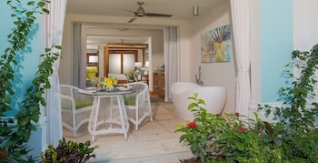 Beachfront Honeymoon Walkout One-Bedroom Butler Suite w/Tranquility Soaking Tub - Terrace/Patio