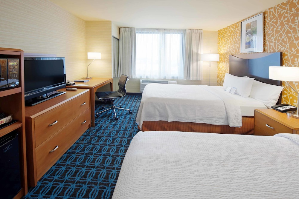 Room, Fairfield Inn by Marriott JFK Airport