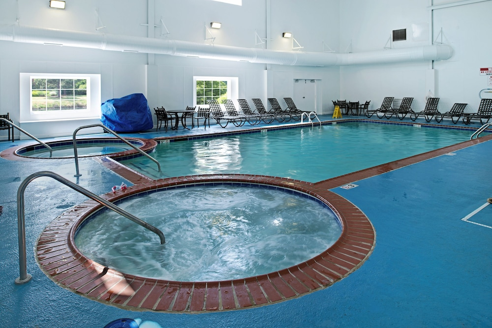 Indoor Pool, The Historic Powhatan Resort by Diamond Resorts