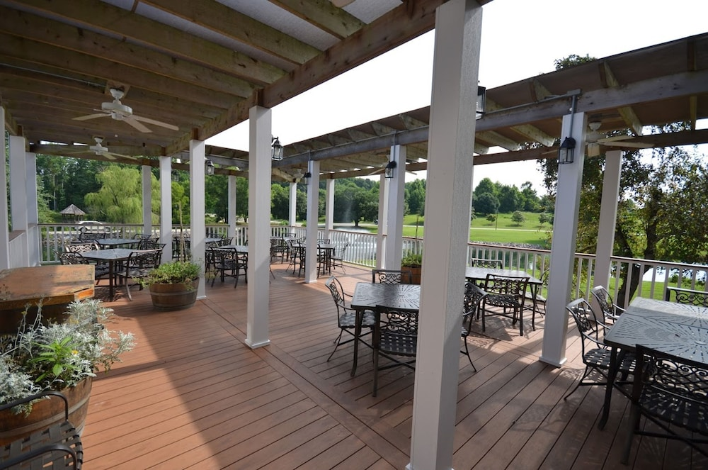 Breakfast Area, The Historic Powhatan Resort by Diamond Resorts