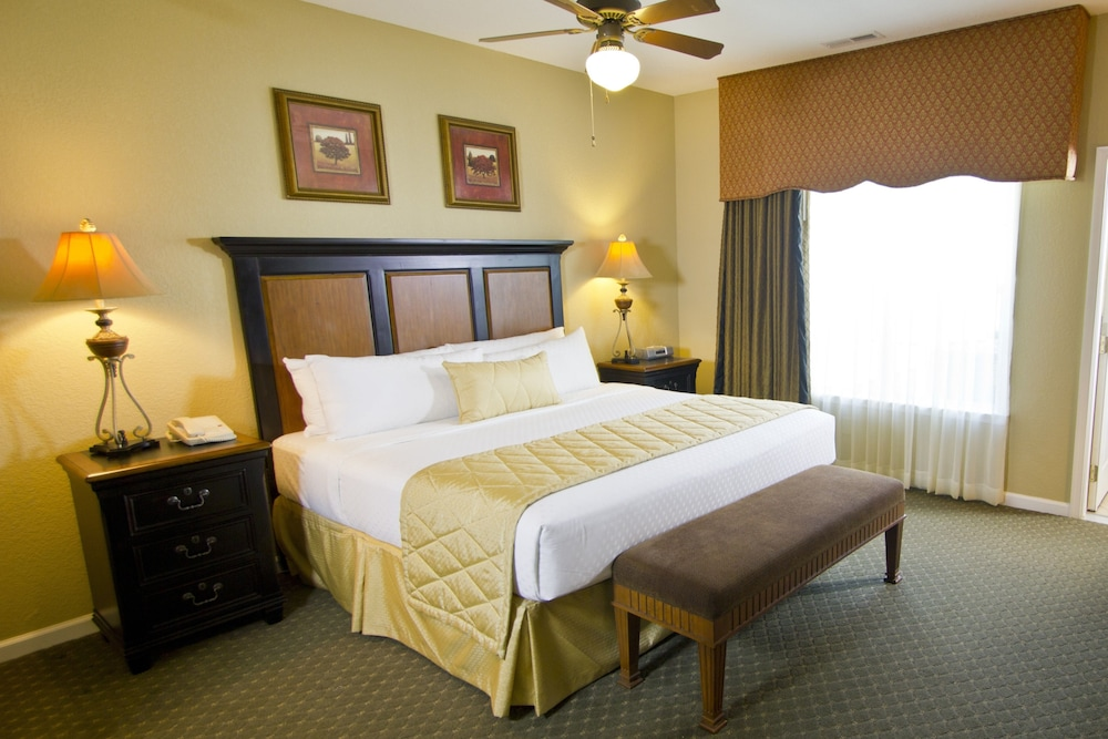 Room, The Historic Powhatan Resort by Diamond Resorts