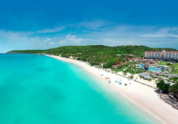 Sandals Grande Antigua - All Inclusive Couples Only