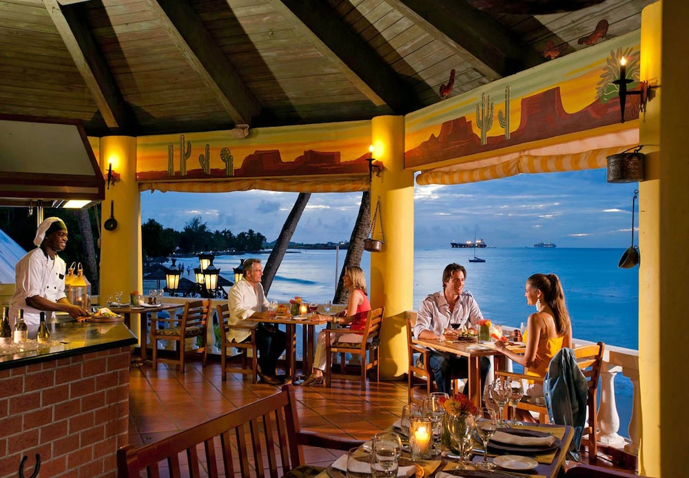 Beach Bar, Sandals Grande Antigua - ALL INCLUSIVE Couples Only