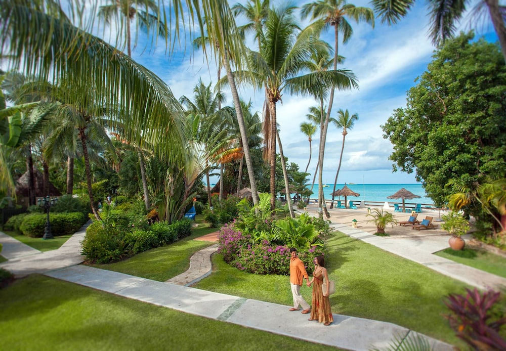 Property Grounds, Sandals Grande Antigua - ALL INCLUSIVE Couples Only