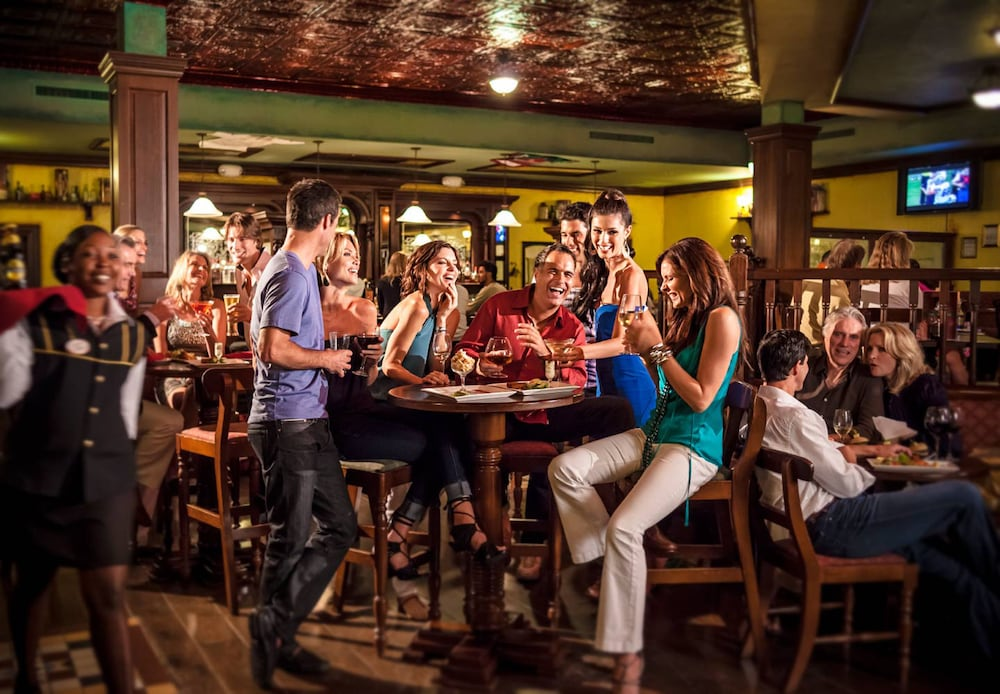 Sports Bar, Sandals Grande Antigua - ALL INCLUSIVE Couples Only