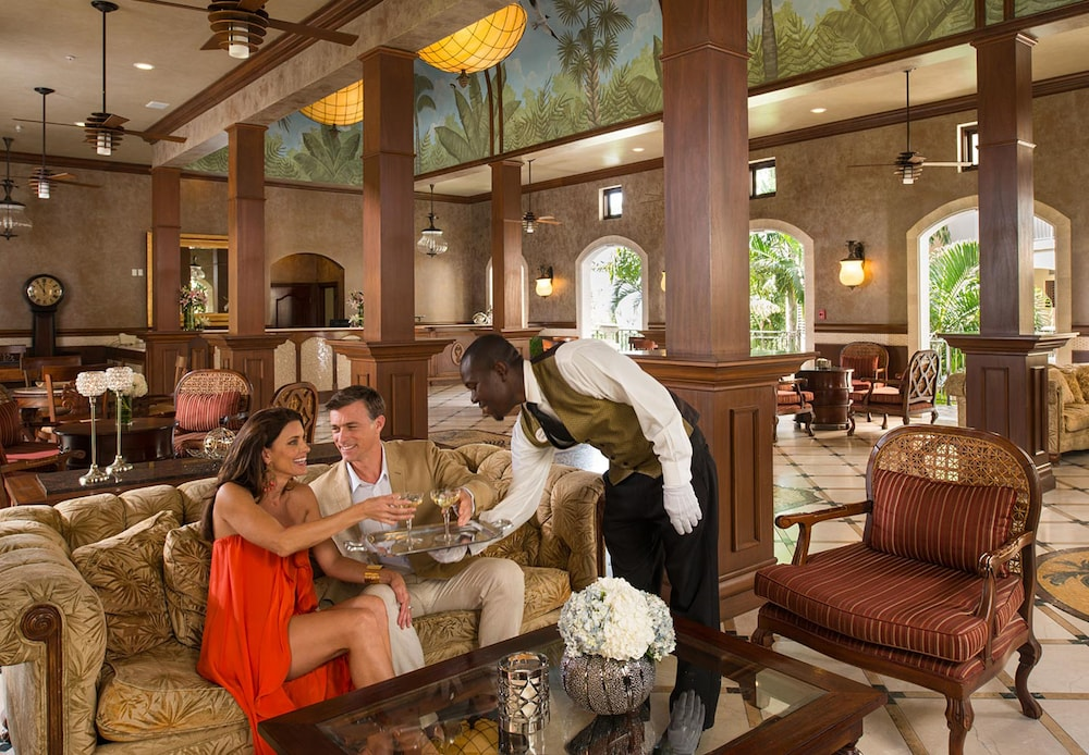 Lobby Sitting Area, Sandals Grande Antigua - ALL INCLUSIVE Couples Only