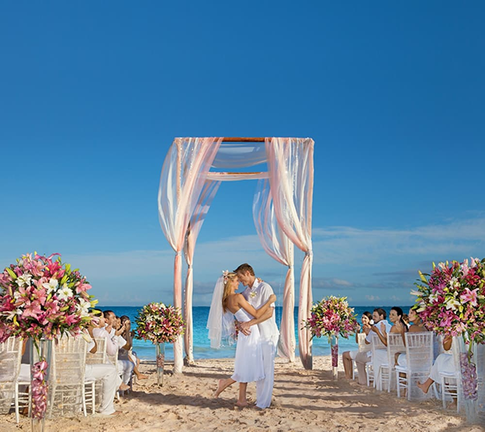 Outdoor Wedding Area, Now Sapphire Riviera Cancun