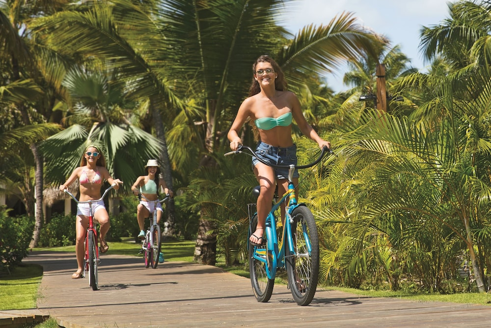 Bicycling, Now Sapphire Riviera Cancun