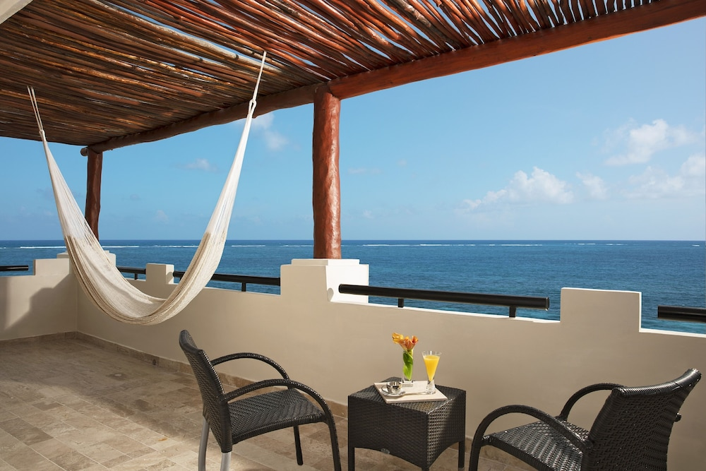 Terrace/Patio, Now Sapphire Riviera Cancun
