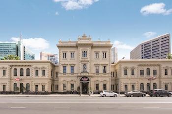 2 Flinders Street, Adelaide, South Australia 5000, Adelaide, Australia.