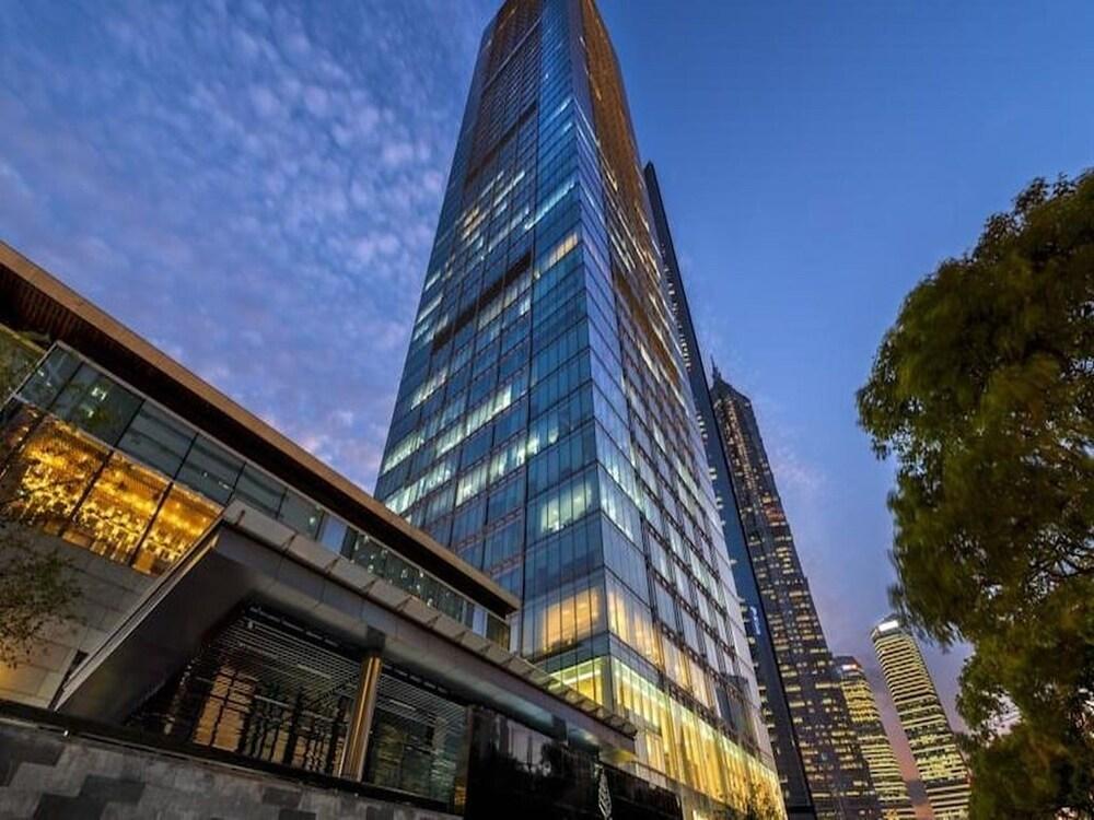 Four seasons hotel shanghai in shanghai hotel rates for Fourseason hotel