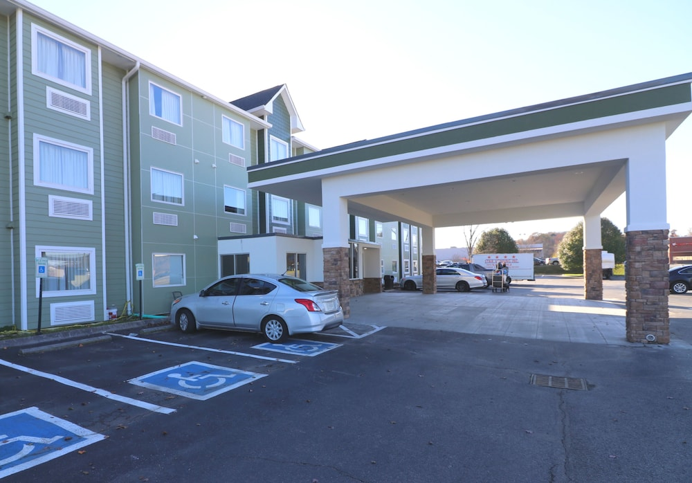 Parking, Econo Lodge Sevierville