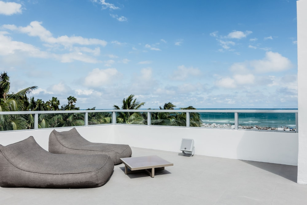 Terrace/Patio, Sagamore South Beach