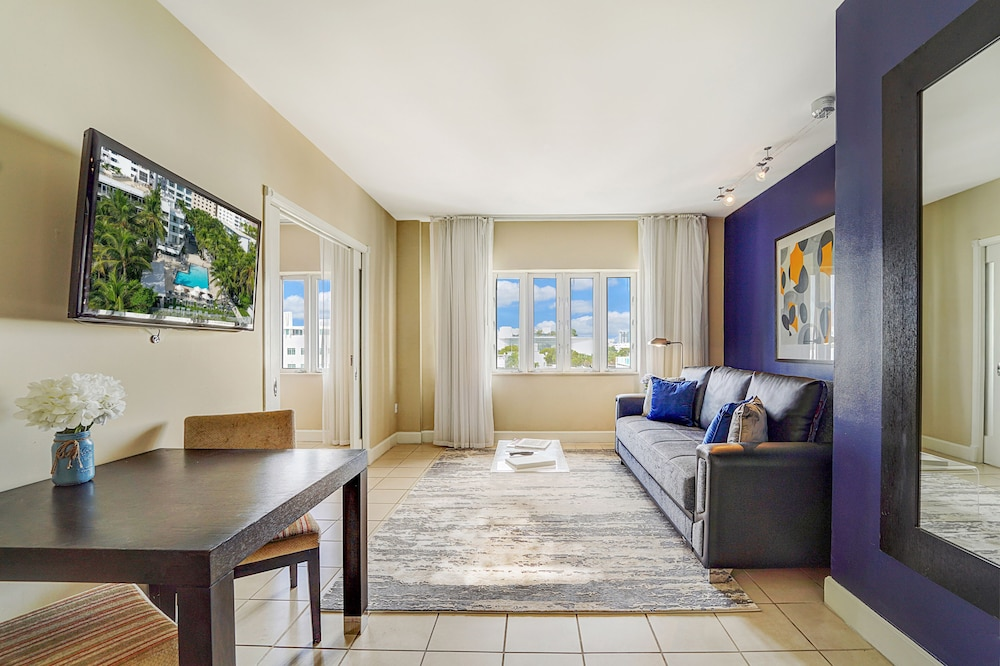 Living Area, Sagamore South Beach