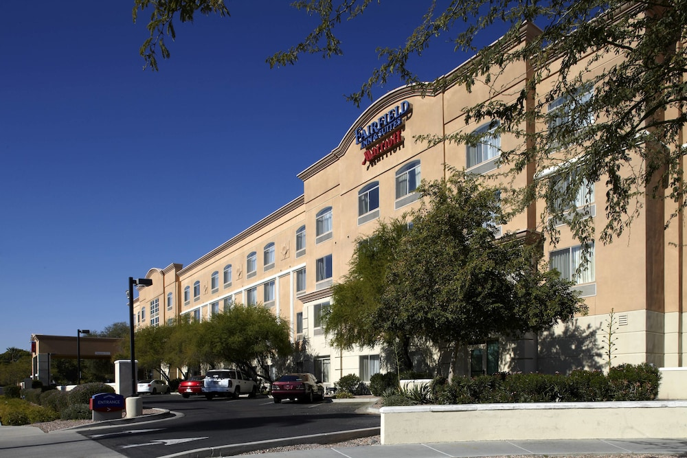Fairfield Inn Suites By Marriott Phoenix Midtown In Hotel Rates Reviews On Orbitz