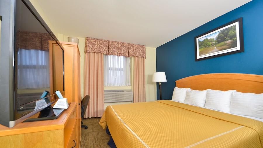 Midtown Convention Center Hotel
