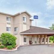 Baymont Inn and Suites Howell/Brighton