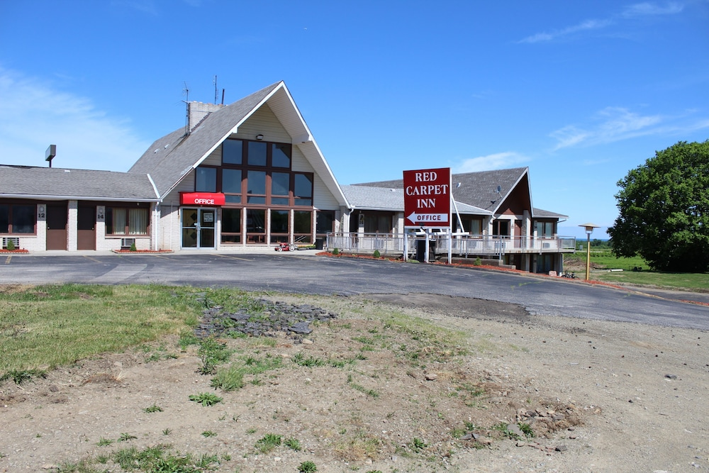 Red Carpet Inn in Erie | Hotel Rates & Reviews on Orbitz