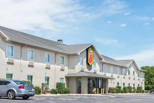 Great Place to stay Super 8 by Wyndham Hagerstown/Halfway Area near Hagerstown