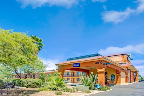 Travelodge by Wyndham Tucson AZ
