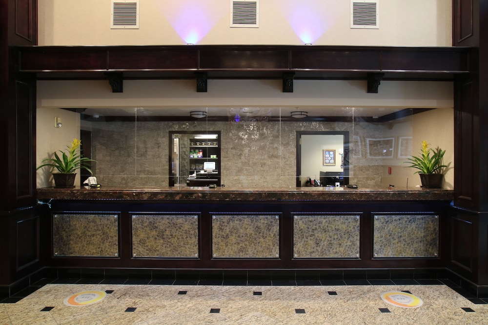 Concierge Desk, Oxford Suites Downtown Spokane