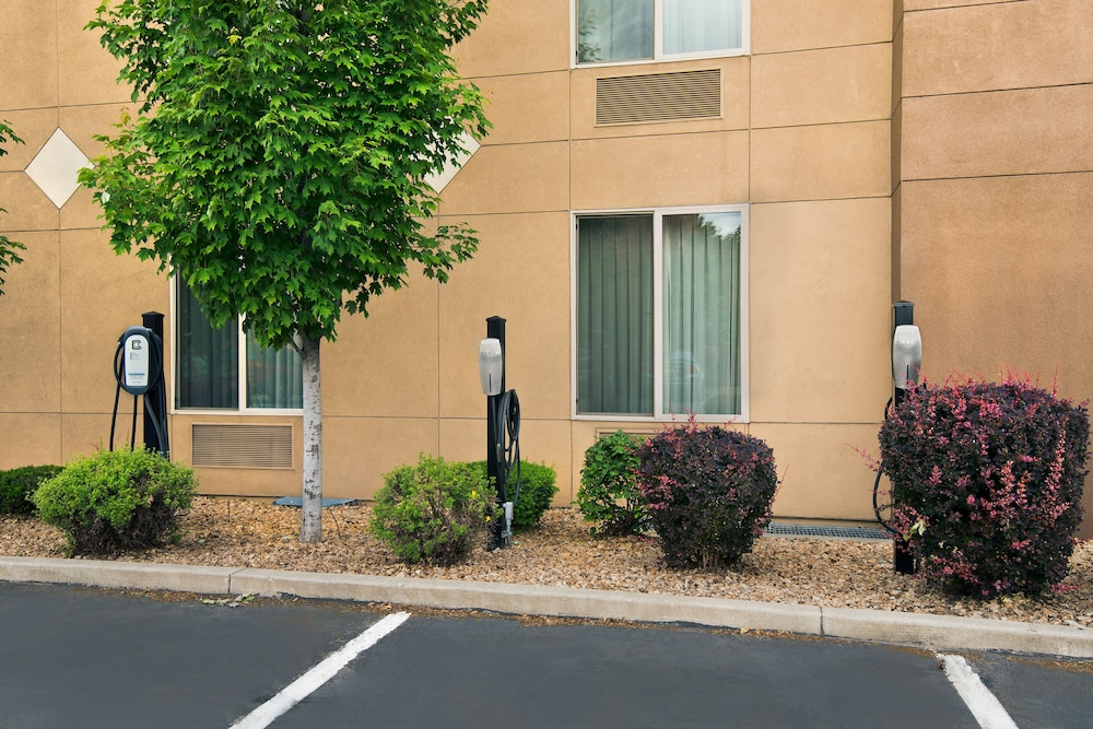 Property Amenity, Oxford Suites Downtown Spokane