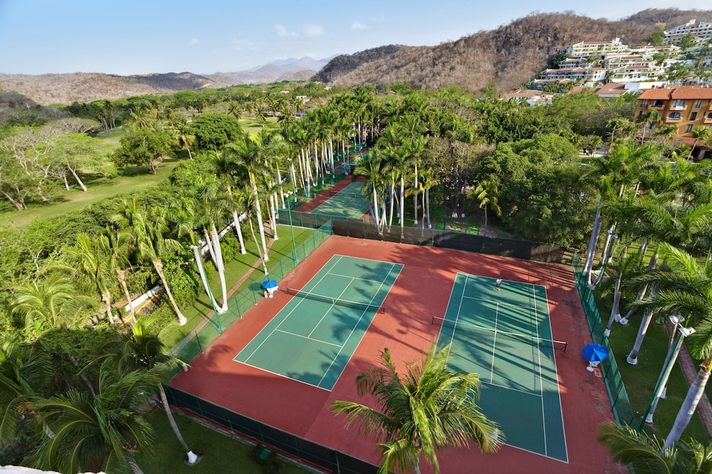 Tennis Court, Barceló Huatulco - All Inclusive