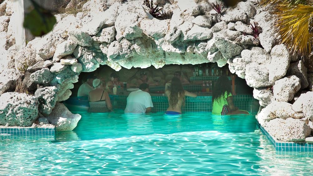 Flamingo Bay Hotel Marina At Taino Beach Reviews