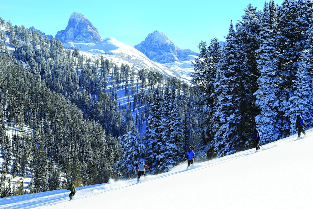 Snow and Ski Sports, Teewinot Lodge by Grand Targhee Resort