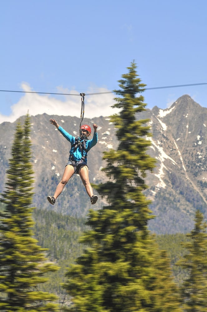 Ziplining, The Summit Hotel at Big Sky Resort