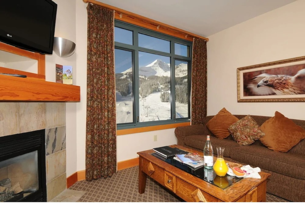 Interior, The Summit Hotel at Big Sky Resort