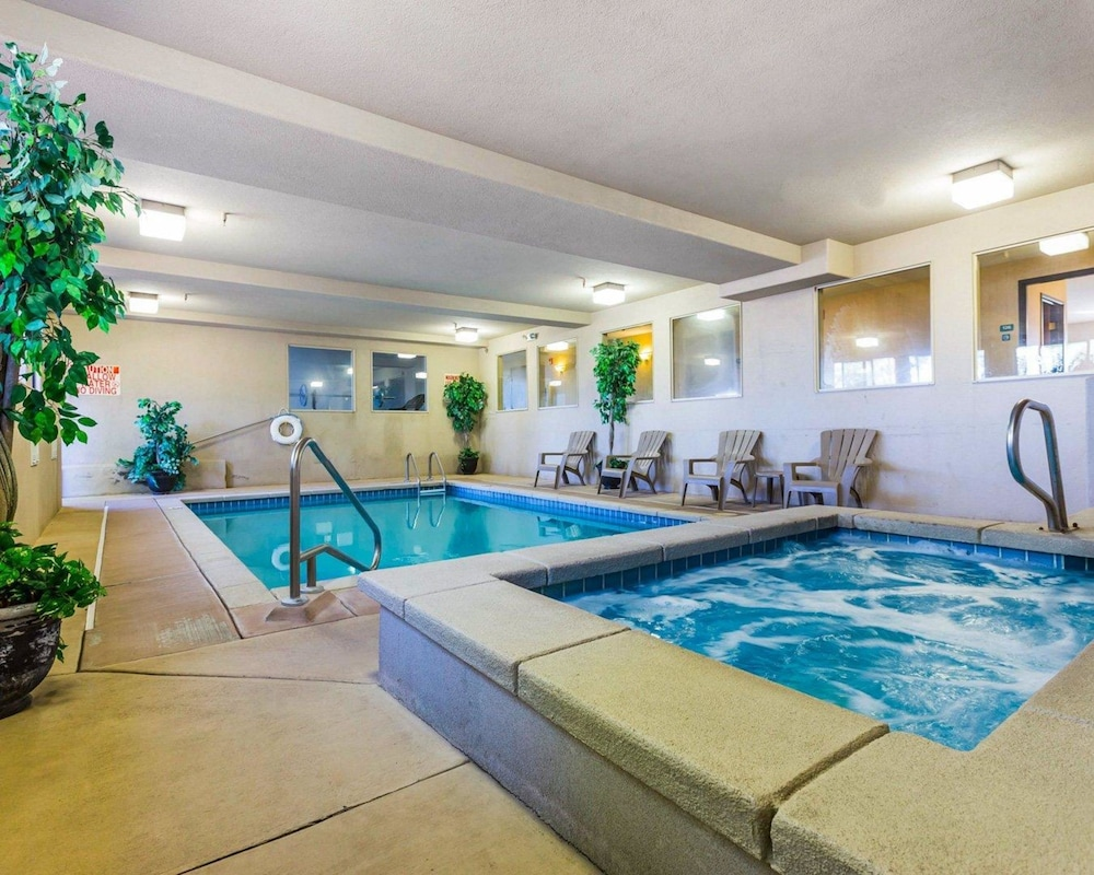 Pool, Econo Lodge Pagosa Springs