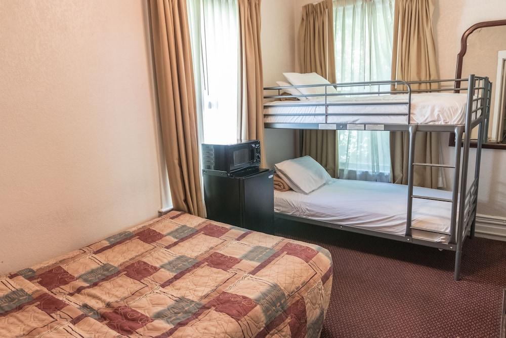 Mithila Hotel Reviews