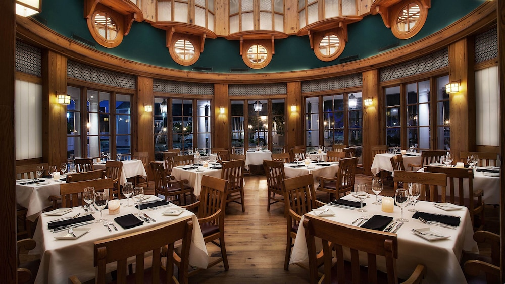 Restaurant, Disney's Beach Club Resort
