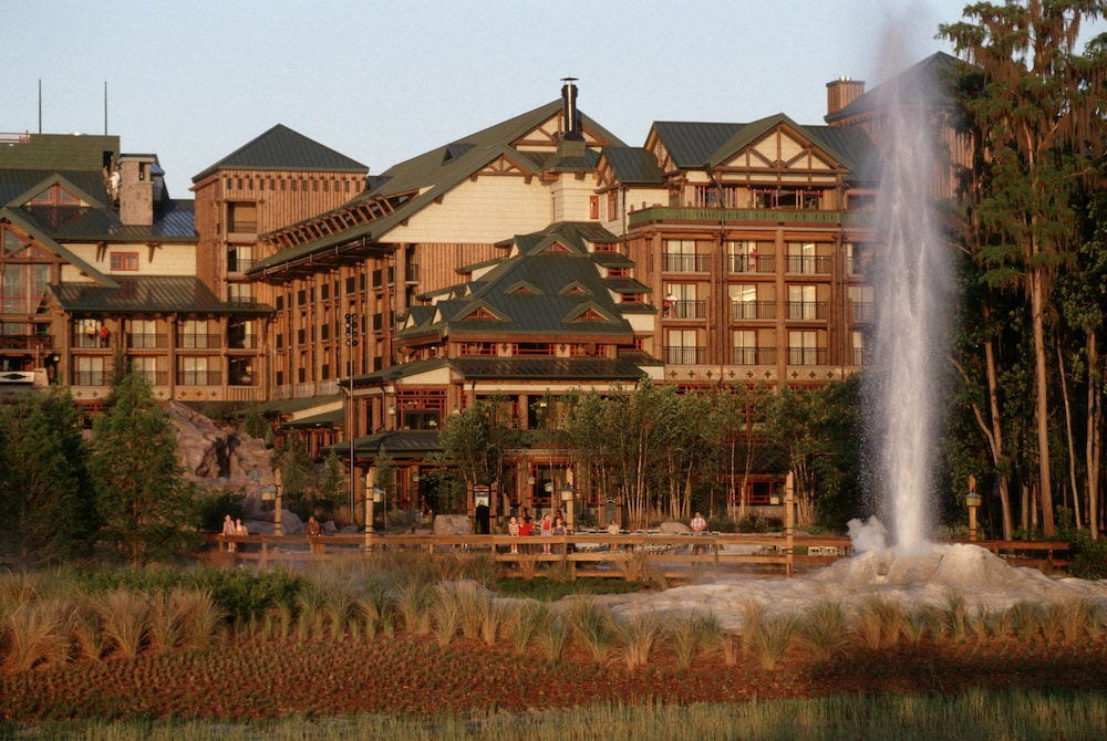 Front of Property, Disney's Wilderness Lodge
