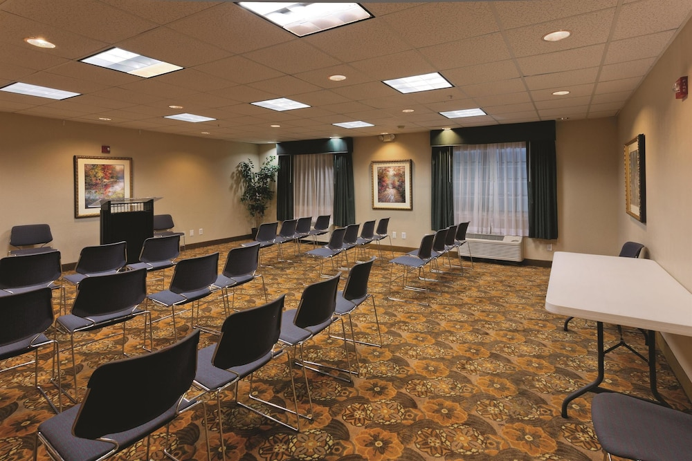 Meeting Facility, Motel 6 Mesquite, TX - Balch Springs