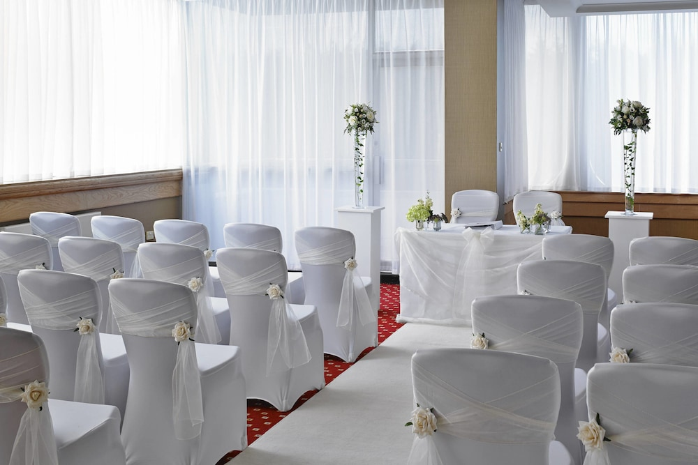 Indoor Wedding, Edinburgh Marriott Hotel