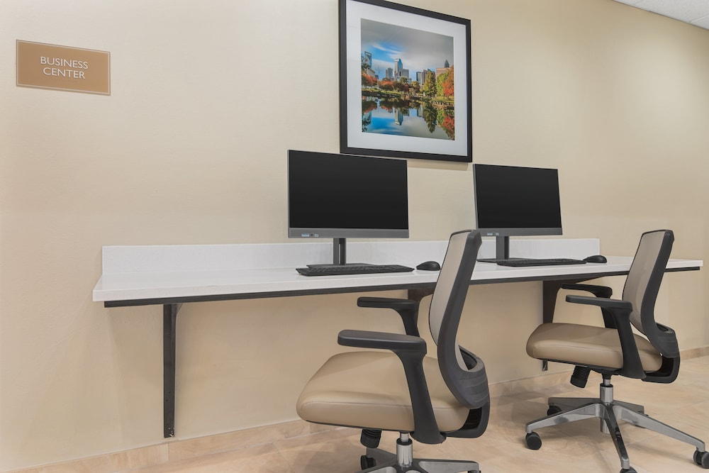 Business Center, Candlewood Suites Charlotte - Arrowood
