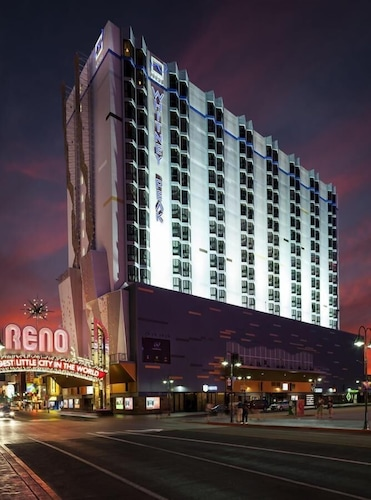 Pet Friendly Hotels In Reno 45 Dog Friendly Hotels Travelocity