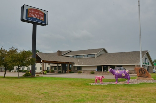 FairBridge Inn & Suites in Thorp, WI