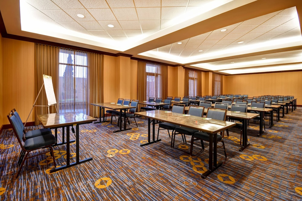 Meeting Facility, Courtyard by Marriott Louisville Airport